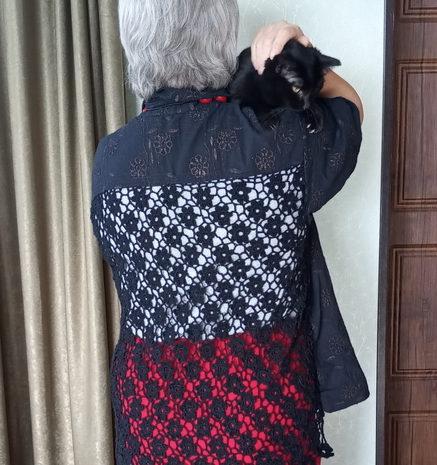 Шито — вязаная женская рубашка
